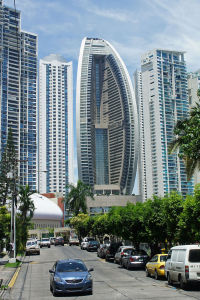 682px-Panama_08_2013_Trump_Ocean_Tower_7086-1jmmt2f