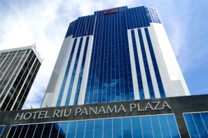 Hotel_Riu_Plaza_Panama