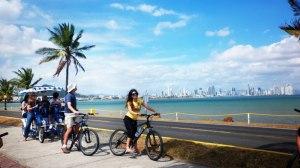 ACT-3-Hermoso-paseo-en-bicicleta-en-la-Calzada-de-Amador-Causeway